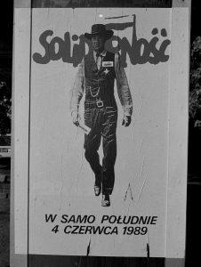 """plakat-w-samo-poludnie-wawa-226x300 Warszawskie biuro wyborcze """"S"""" - NIESPODZIANKA"""